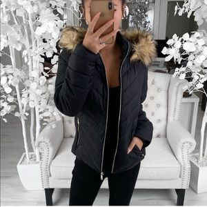 ekAttire FOXY Jacket in Black